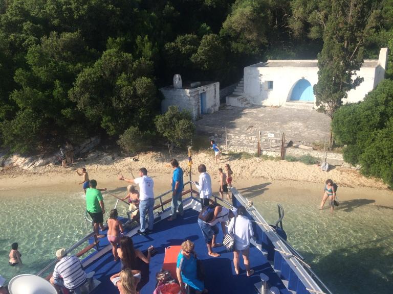 Plaża Jacquelin Keneddy na wyspie Skorpios.
